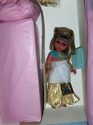 1998 Madame Alexander- Egypt with Sarcophagus #24110