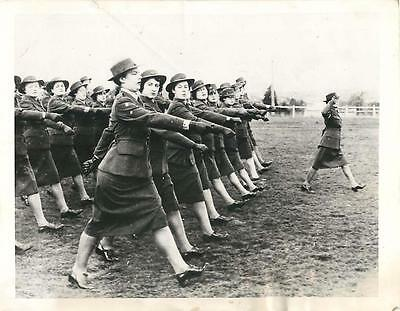 WWII Australian WACs during Review at Graduation in Melbourne Orig Press Photo