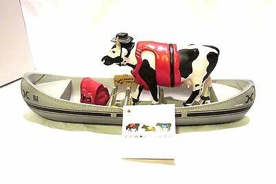 Cow Parade Figurine Mighty Moe Moovin on Down Figurine  Westland Giftware 2001