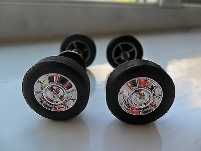 Ninco 1/32 1957 Chevrolet Corvette C1 Axles and Wheels with Tyres Front and Rear