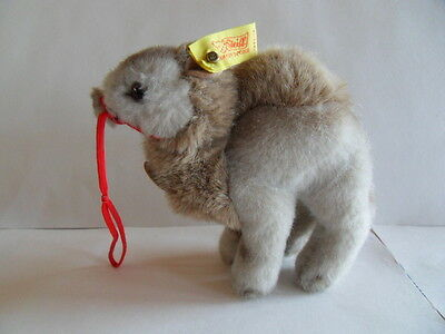 Steiff camel  dromedary all Ids made in Germany 1099