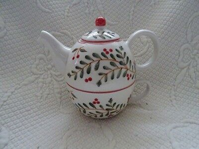 A New Christmas Teapot And Cup Combination All Ceramic  From Traidcraft