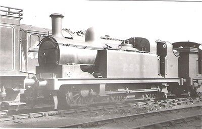 Photo of LNER 0-6-0T No 2532 location unknown