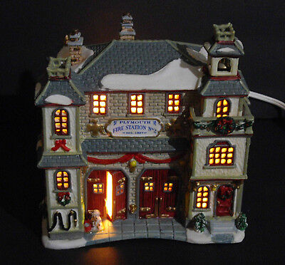 2002 Lemax Plymouth Corners Porcelain Plymouth Fire Station Lighted Building