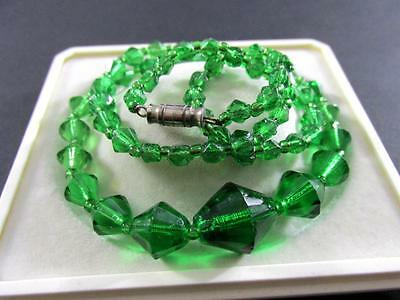 Vintage Deco Czech Bohemian Rich Peridot Green Faceted Glass Beads Necklace
