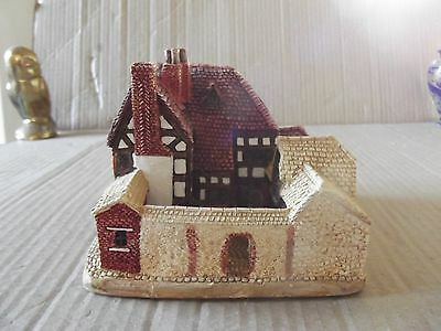 """lilliput lane """"coach house"""" with deeds and boxed very good cond."""
