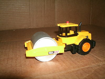 1/43 Scale Steam Roller Plastic Model - Construction Pave Tractor With Roller