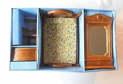 Hickleton Dolls House Wooden Bedroom Funiture. New.boxed.1:12 Scale