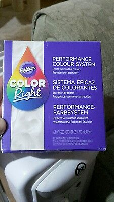 Wilton Colour Right System Food Colourings 8 Pack