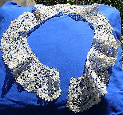 Antique Brussels Duchessed Bobbin Lace Long Collar Bertha