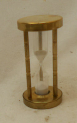STUNNING Vintage Collectable Plastic BRASS LOOK Traditional EGG TIMER 8cm
