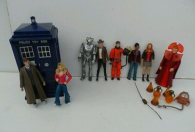 Doctor Who Flight Control Tardis & Figure Collection Incl Light & Sounds