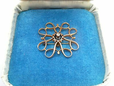 Superb Vintage Boxed Solid 9Ct Gold And Diamond Solitare Scroll Pin Brooch C1890
