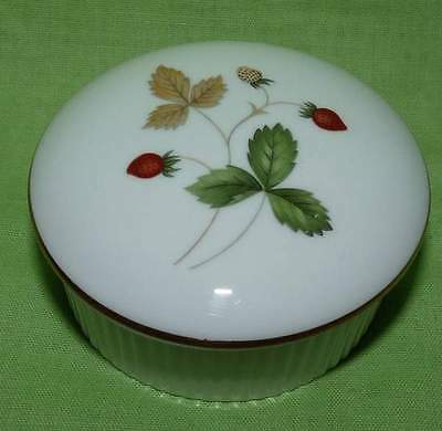 Wedgwood Wild Strawberry,Small Lidded Trinket Box. Pretty.Perfect condition.