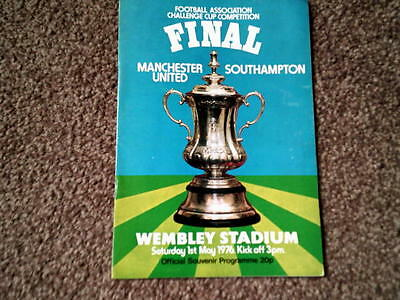 MANCHESTER UNITED v SOUTHAMPTON,1976 FA CUP FINAL,1.5.76.