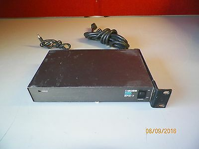 BOSS RPW-7 5-way 9v power supply (PSU) for FX pedals or Micro Rack