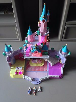 Chateau Cendrillon Polly Pocket Bluebird Lumineux 1995 Disney + Personnages Tbe