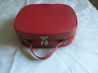 60s 70s Vintage Retro Kitsch Red Vanity Case Weekend Suitcase Overnight Bag Mod