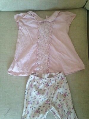 Pretty t-shirt top and leggings set outfit. Age 2-3 years. Excellent condition