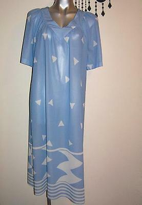 VINTAGE 70's  RETRO shift SASS dress SIZE 12 - 14