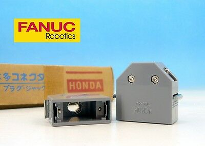MR-20L HONDA Japan FANUC CNC Cover Housing Plastic Case for 20pin Plug CONNECTOR