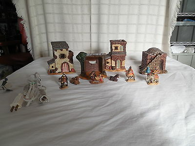 Lighted Bethlehem village, nativity set, ceramic & resin 10pc set