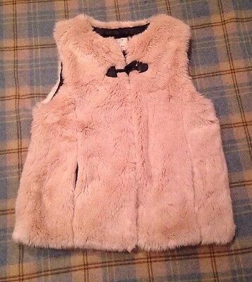 ZARA Girls Age 12 / 13 Ivory Faux Fur Gilet Body Warmer Toggle Fastening NEW