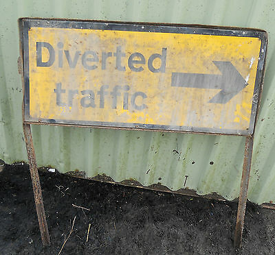 METAL Free STANDING Highway A-BOARD ROADSIGN Road Sign - DIVERTED TRAFFIC RIGHT