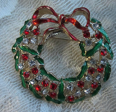 Vintage Style Christmas Victorian Wreath Rhinestone Goldtone Brooch Pin