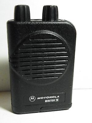 NEW  MOTOROLA 2 CH MINITOR IV FIRE PAGER 414-421.9999  MHz