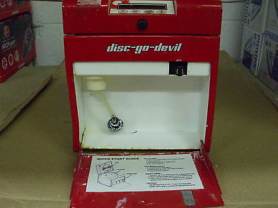 TDR Disc-Go-Devil CD & Blu-ray Disc Cleaner Machine & Supplies (Untested)