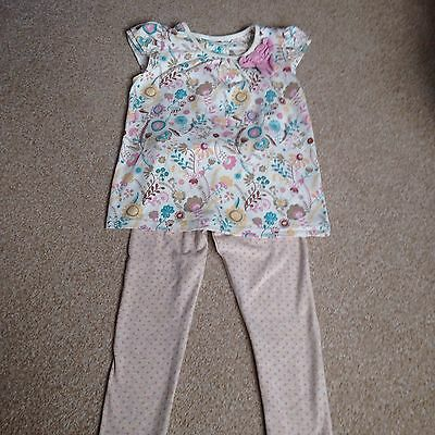 Girls Two Piece Floral Outfit Size 2-3 Years
