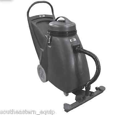 New Viper ShovelNose Wet/Dry Vacuum With Attachments