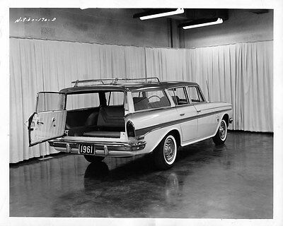 1961 AMC Rambler Station Wagon ORIGINAL Factory Photo oad7898-P35927