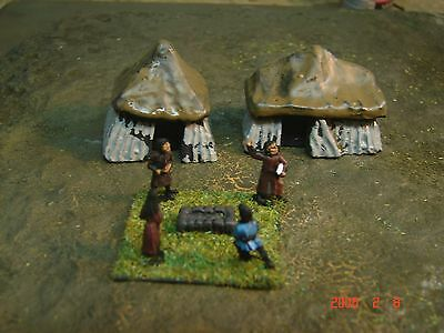 15mm Handapinted DBA Dark Ages Camp/Villager Stand with two tents