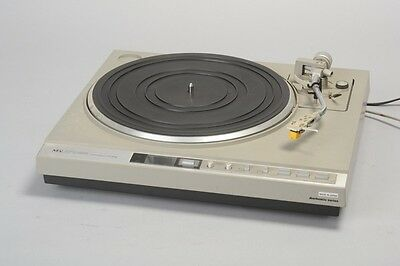 Operational NEC Full Automatic Record Player Turntable P735E. REF RDH