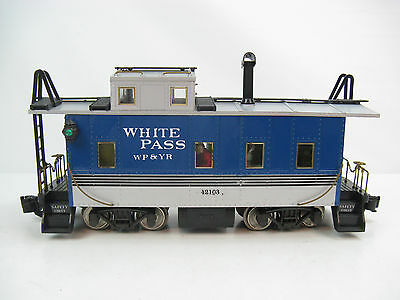 Aristo-Craft G-Scale White Pass WP&YR Long Caboose w/ FIgures, Metal Wheels