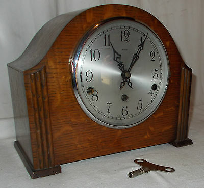 ENFIELD 1930s MANTEL Clock With KEY & Westminster CHIME In Oak Case VINTAGE