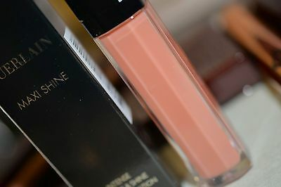 Guerlain Maxi Shine Intense Colour & Shine Bare Lip Sensation 401 Praline Blop-