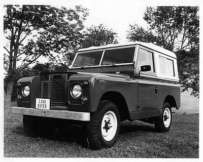 1971 Land Rover Deluxe Hardtop ORIGINAL Factory Photo oad8269