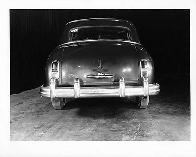 1948 Kaiser Sedan ORIGINAL Factory Photo oad9588