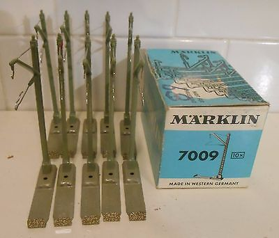 Marklin 7009 Catenary Masts With Screw On Bases For M Track (10 Pieces)