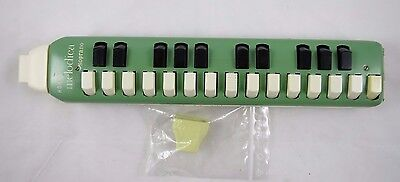 Vintage Hohner Melodica SOPRANO 25 Keys Green Metal NEW Mouth Piece