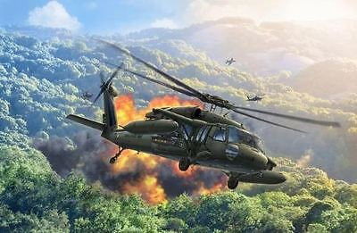 Revell Model Kit - Uh-60A Helicopter - 1:100 Scale - 04984 - New
