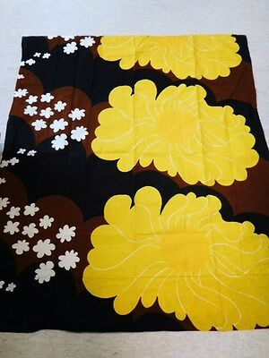 Made in Finland by Tampella: 70's Floral Sunny Fabric. Original Vintage