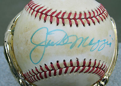 Joe DiMaggio Signed Baseball With PSA/DNA