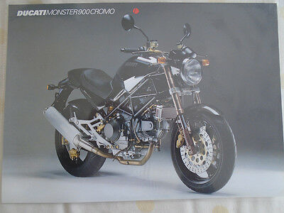 Ducati Monster 900 Cromo motorcycle brochure c1999 Italian text