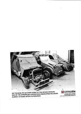 """Citroen 70 Year Old 2Cv Prototype Discovered In A Barn Press Photo """" Brochure """""""