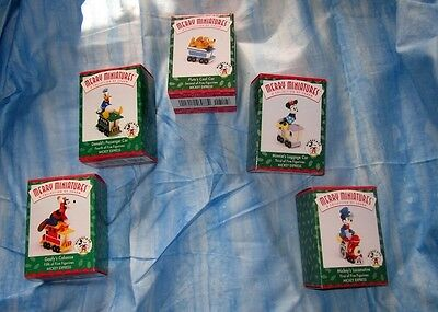 Hallmark DISNEY Mickey Mouse Express TRAIN Minnie Donald Goofy Pluto Ornaments