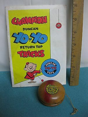 Vintage 1960s Wooden Duncan Tournament Yo-Yo with Trick Booklet dated 1960